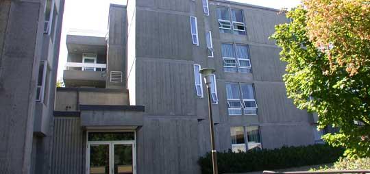 Lansdowne Residence at University of Victoria