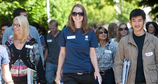 college tour Visiting campus will help you learn if a college is right for you here's our  checklist for what to do, see, and ask on your college visits.