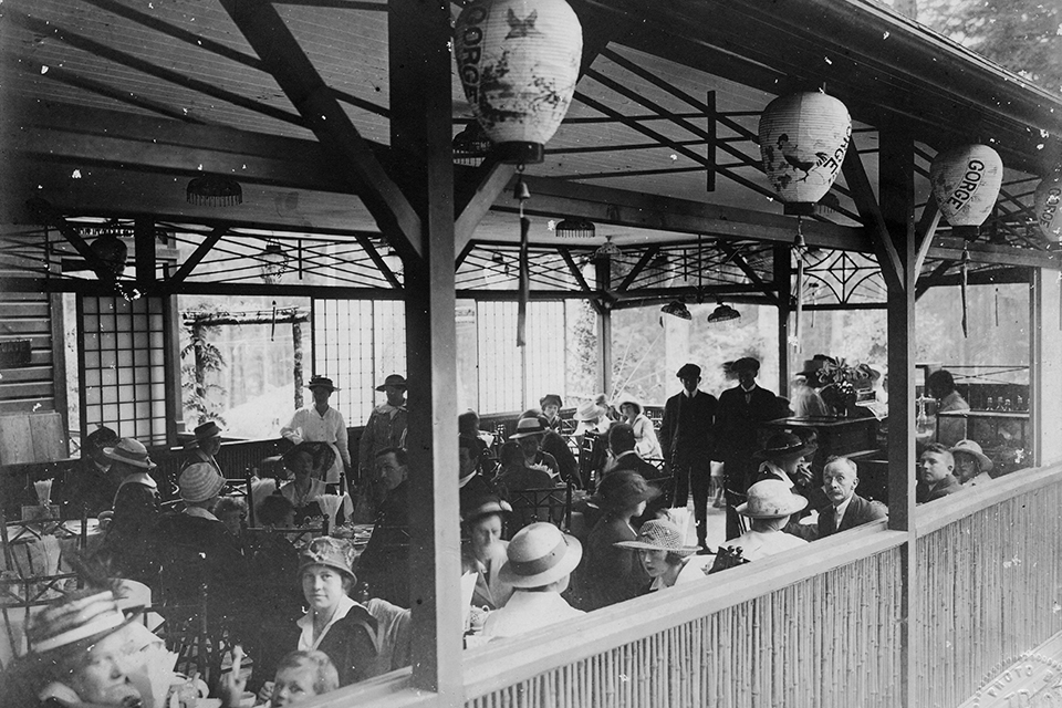Archival photo of Japanese Tea Garden Restaurant with customers dining